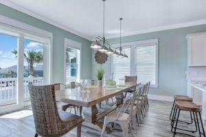 image of VRBO dining room
