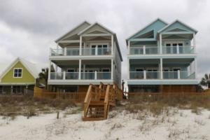 image of Seasalt houses on the beach